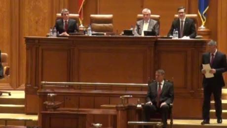 Răsturnare de situaţie: Lui Traian Băsescu i-a fost PRELUNGIT mandatul de preşedinte cu un an!